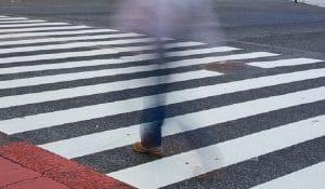 Sinistro stradale è responsabile il conducente se il pedone attraversa improvvisamente la strada
