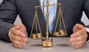 Responsabilità professionale dell'avvocato quando insorge il diritto al risarcimento del danno (sentenza Tribunale di Lecce 2021)